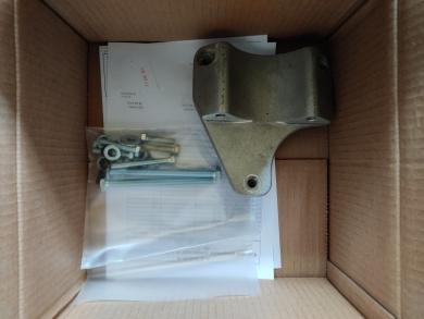 Комплект кронштейна компрессора на а/м Peugeot Boxer с двс. 2,2 HDI 120